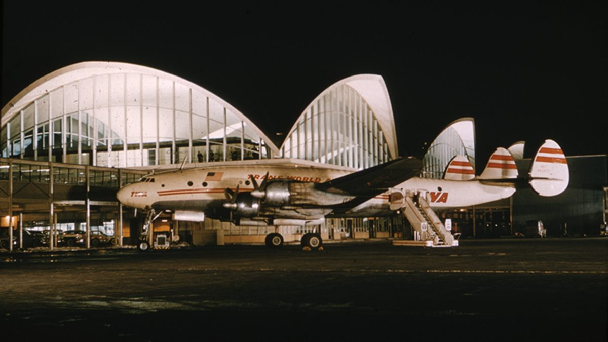 Stlairport 1950S Twa And Terminal